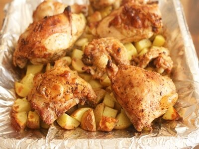 Картофель запеченная с куринными ножками в рукаве