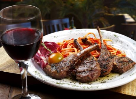 Вино с красным мясом
