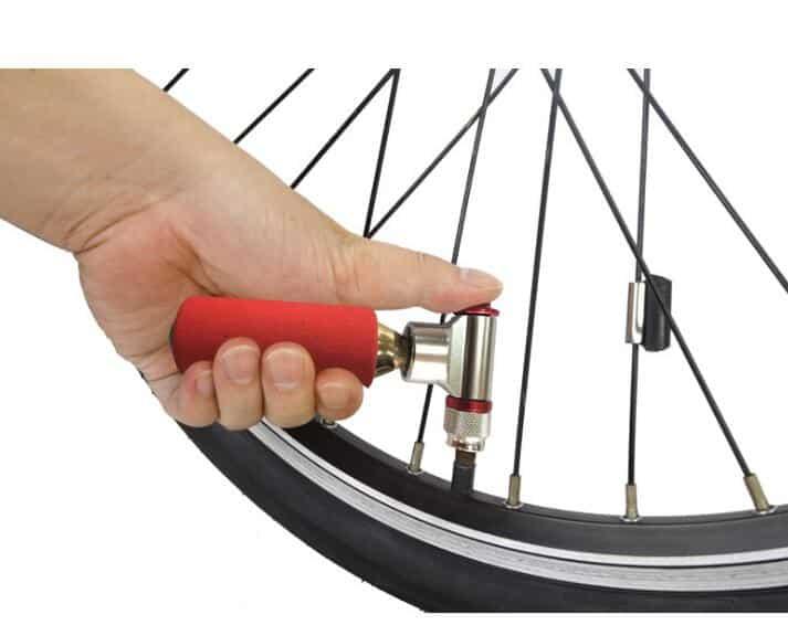 Для накачки шин велосипеда