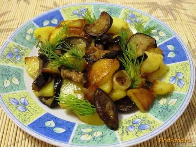 Картофель, жареный с баклажанами
