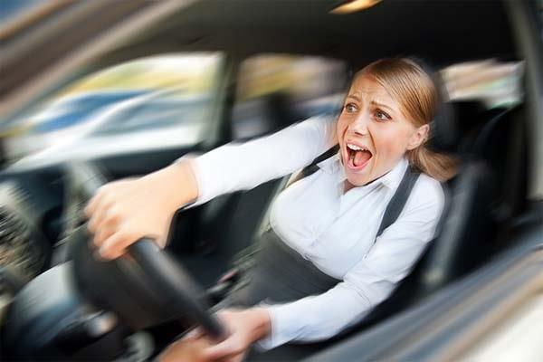 Как безопасно и без стресса управлять автомобилем?