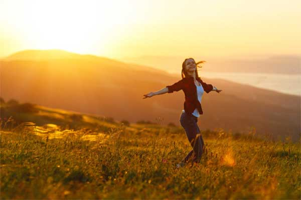 Как перестать волноваться и получить больше радости от жизни? Примените 5 шагов к счастью