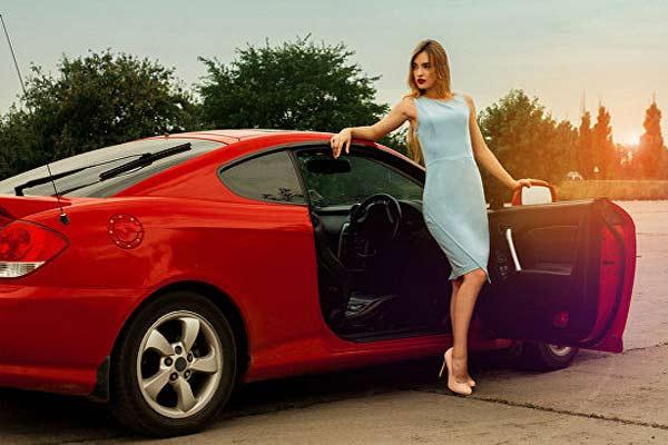 Что больше всего раздражает женщину-водителя?