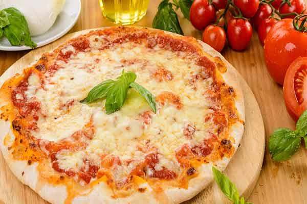 Пицца Маргарита — запах Италии в вашем доме
