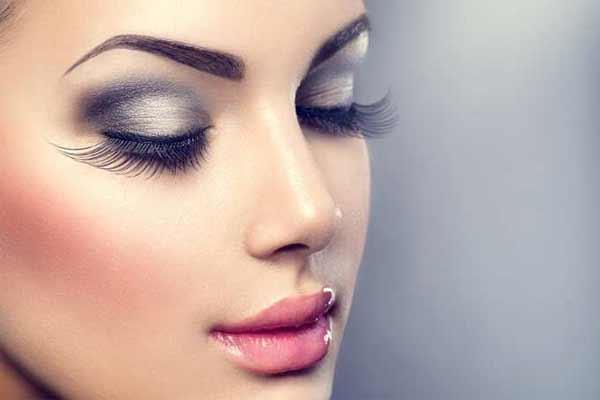 Вот самые большие мифы о макияже, в которые вы должны перестать верить как можно скорее