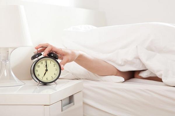 7 трюков, которые помогут вам встать утром