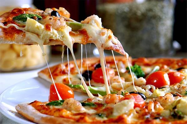 Пицца тонкой корочки — как сделать так, чтобы она получилась идеальной?