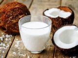 Кокосовое молоко - свойства, противопоказания, применение